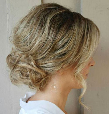Low Bun Curly Updo