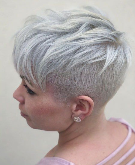 Pixie Gray Blonde Layers