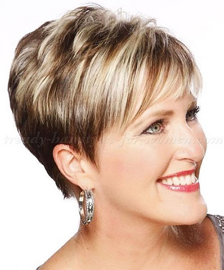 Short Highlighted Hairtyle for Over 50, Short Hair Over 50