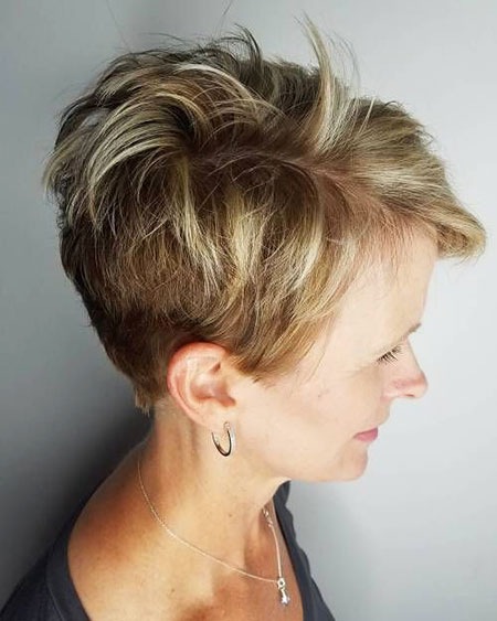 Pixie Layered Short Messy