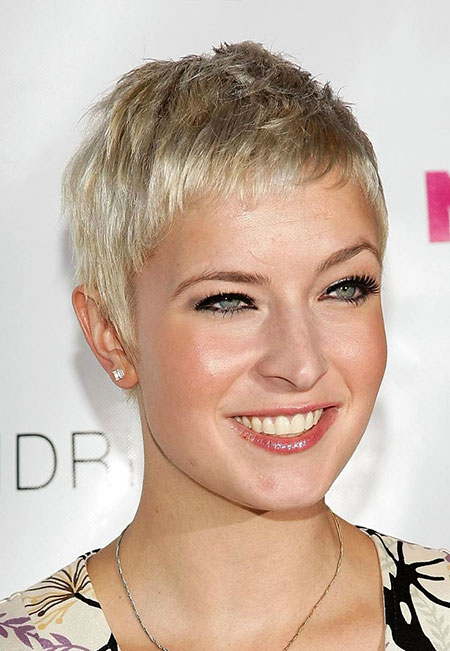 Pixie Short Hair Square