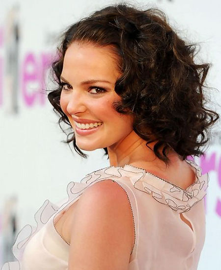 Short Curly Hairstyles - 11-