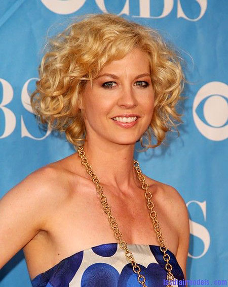 Short Curly Hairstyles - 15-