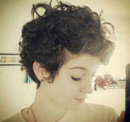 Short Curly Hairstyles - 29-