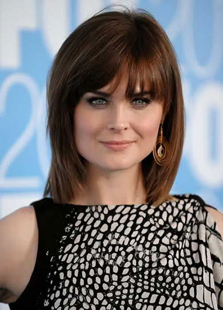 Short Hairstyles with Bangs - 31-