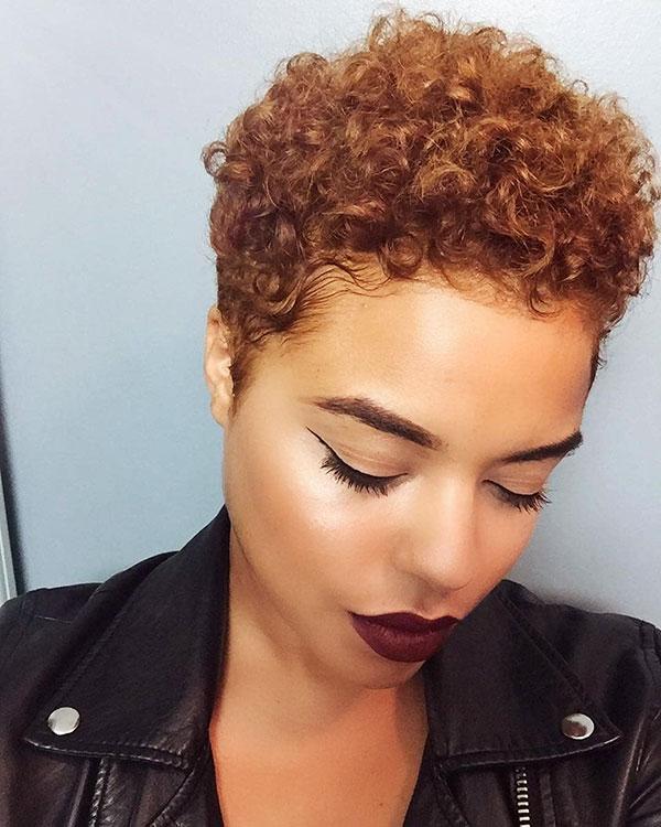 Kurze afrikanische Frisuren