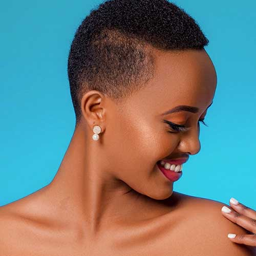 Cute Short Hair Cut For Black Women