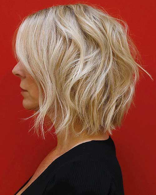 Short Layered Blonde Hair Bob Cut
