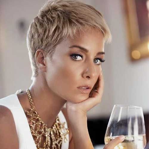 Cute Pixie Short Blonde Haircuts