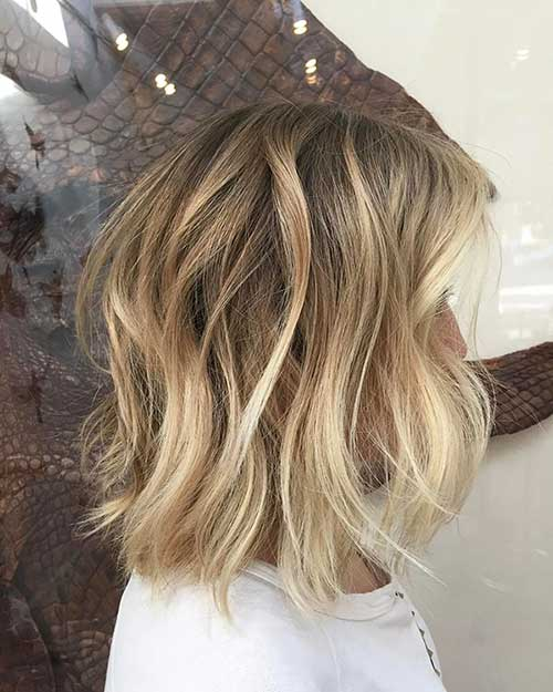 Soft Wavy Blonde Balayage Short Hair
