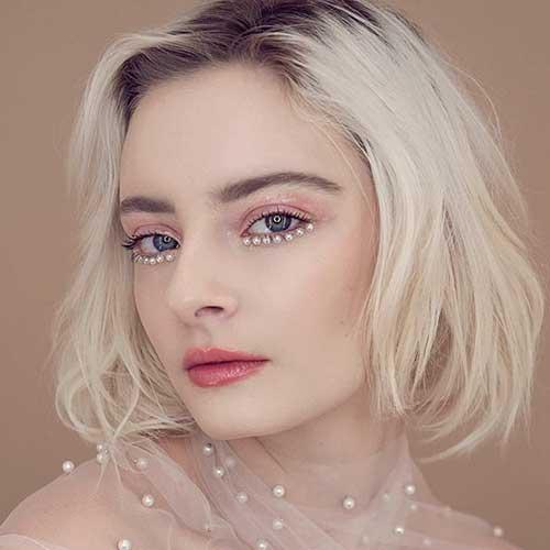 Blonde Short Hairstyles With Dark Roots
