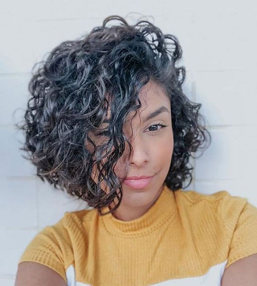 Side Parted Bob Haircuts for Curly Hair-12