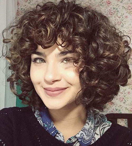 Short Curly Haircuts with Bangs-14