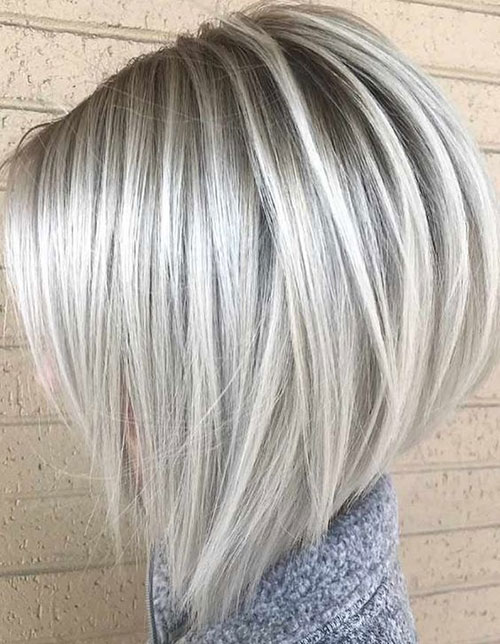 Best Platinum Blonde Bob Haircuts-17