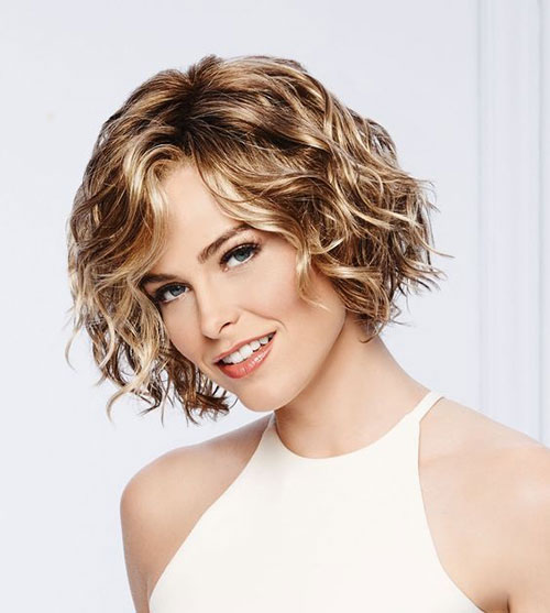 Short Wavy Curly Haircuts 2019-18