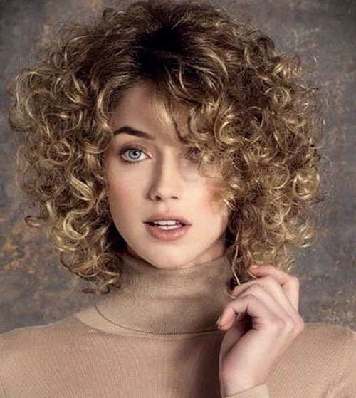 Short Curly Haircuts 2019-33