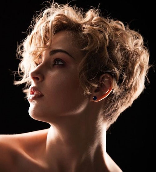 Short Curly Haircuts 2019-35