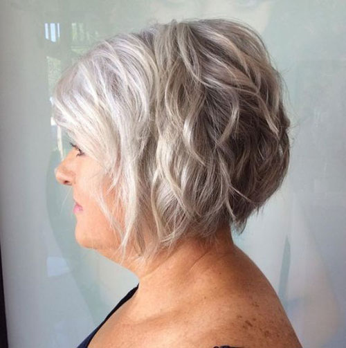 Stacked Short Haircuts for Women Over 50-10