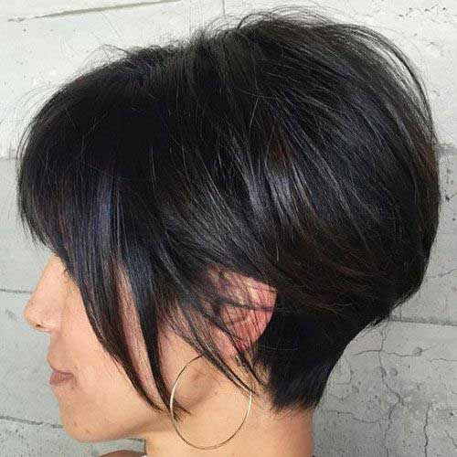 Short Haircuts for Women with Thick Hair-15