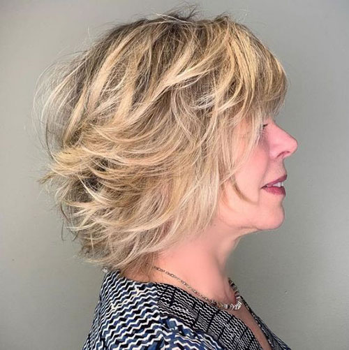 Best Short Haircuts for Women Over 50-16