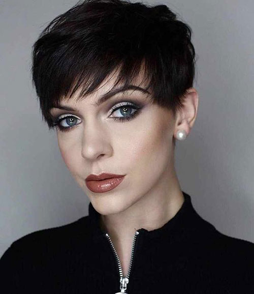 Cute Pixie Haircuts-17