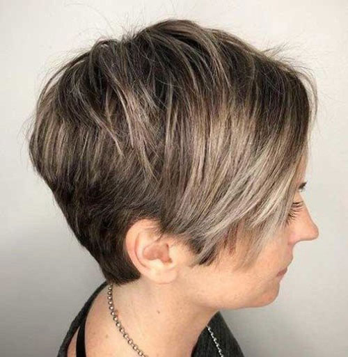 Short Stacked Hairstyles-17