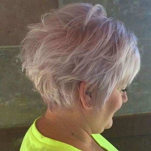 Choppy Short Haircuts for Women Over 50-7