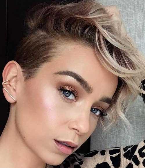 Short Haircuts for Women-21