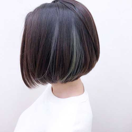 Short Haircuts for Straight Hair-7