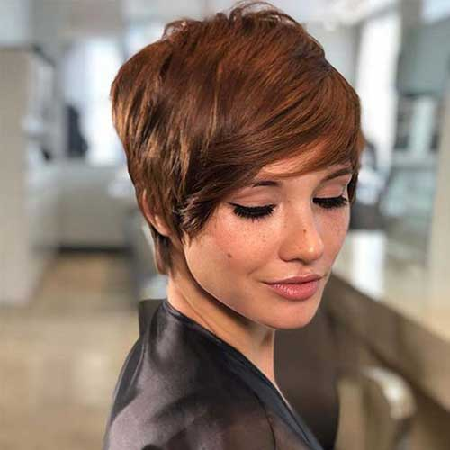 Chic 20 Short Haircuts for Fine Hair