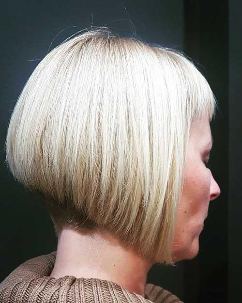 22-older-women's-hairstyles-bobs-14102019180022