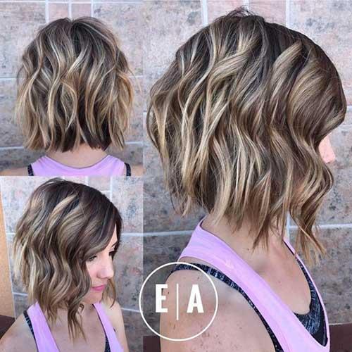 Short Wavy Layered Hairstyles