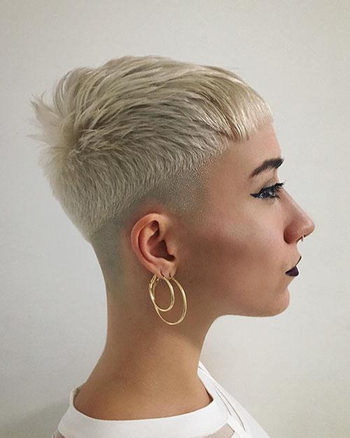 10-best-short-haircuts-for-women-2904202092610