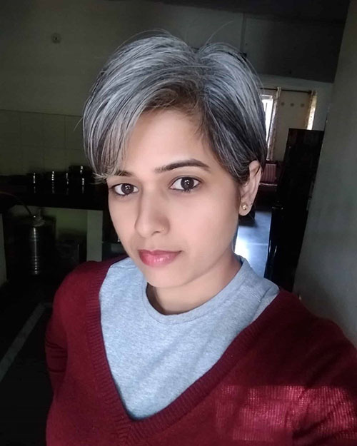 11-short-silver-hair-2904202094911