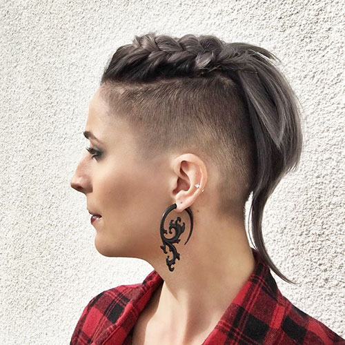 13-pictures-of-short-haircuts-for-women-2904202092613