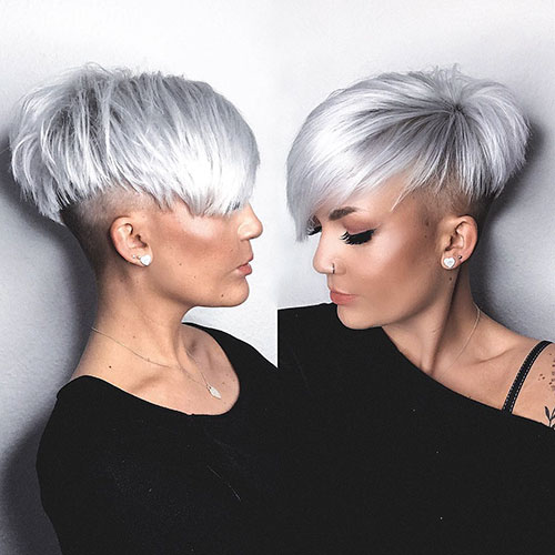 2-pixie-haircut-with-side-bangs-290420209492