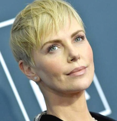 3-pixie-hairstyle-with-wispy-bangs-290420209263