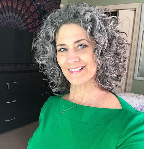 5-natural-curly-hair-290420209495