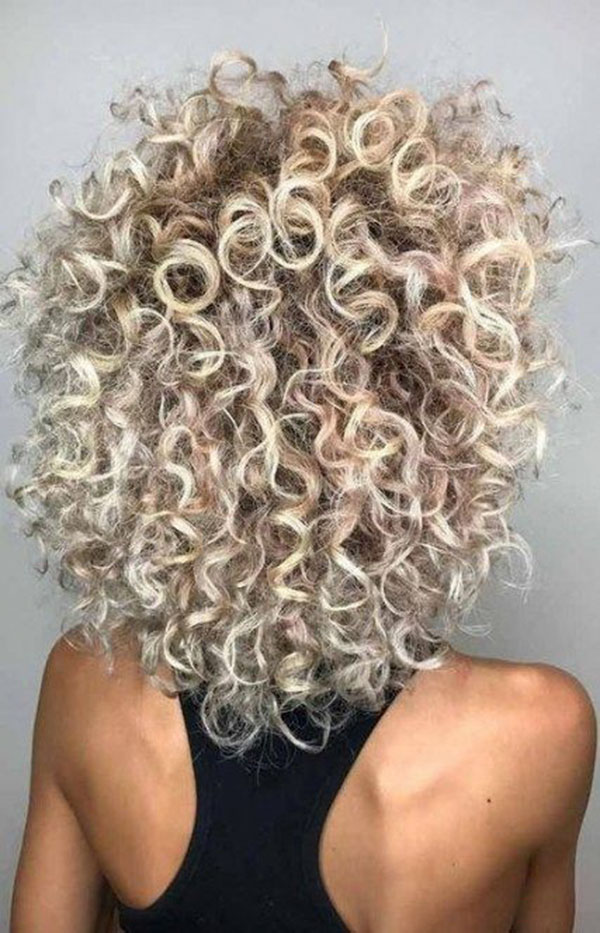 Curly Blonde Hair For Women With Short Hair