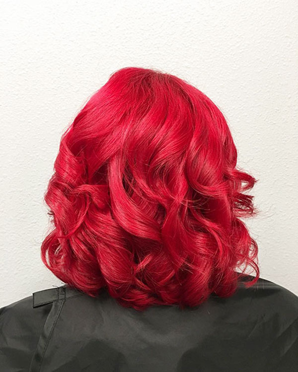 9-back-view-of-wavy-hairstyle-0506202010529