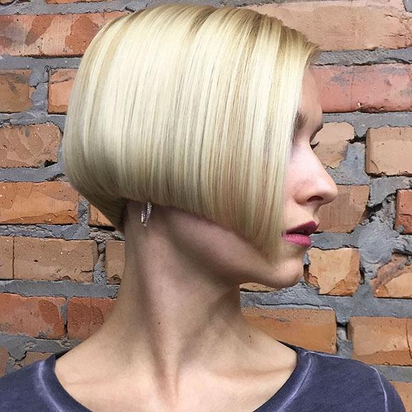 6-ear-length-haircut-0810202014096